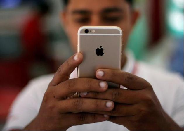 承认旧款iPhone会变慢 苹果公司在美面临8起集体诉讼
